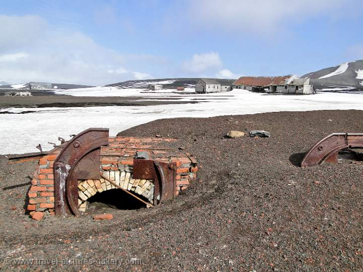 old whaling station, Deception Island