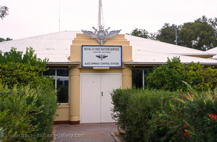 Pictures of australia katherine alice 0048 royal flying doctors office alice springs - Alice springs tourist office ...