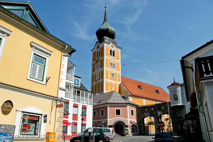Pictures of Austria - Countryside - Mountains - Oberösterreich, Steiermark a typical town