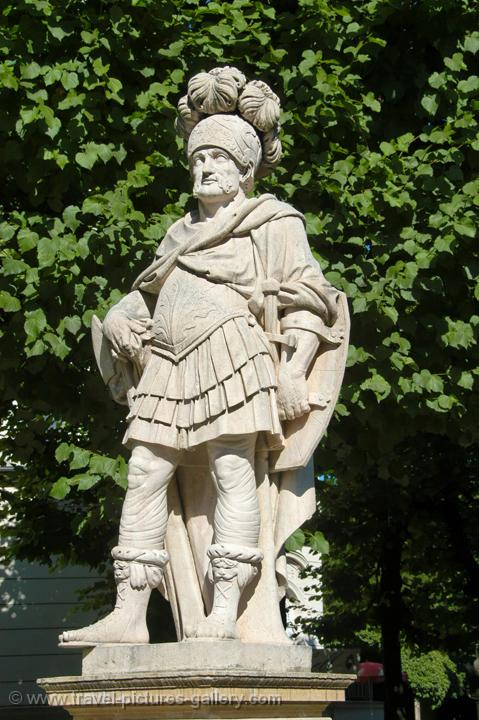 statue at the Mirabell Garden