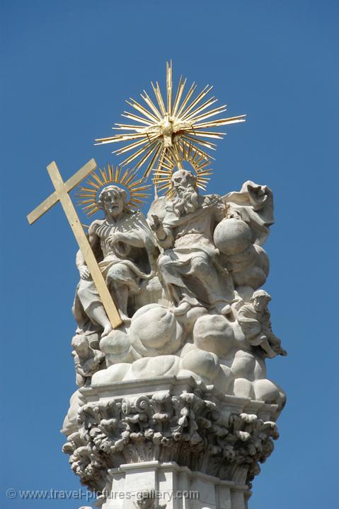 saints statue, Buda