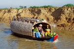 Sampan houseboat on Sangker River, boat trip from Battambang to Tonle Sap