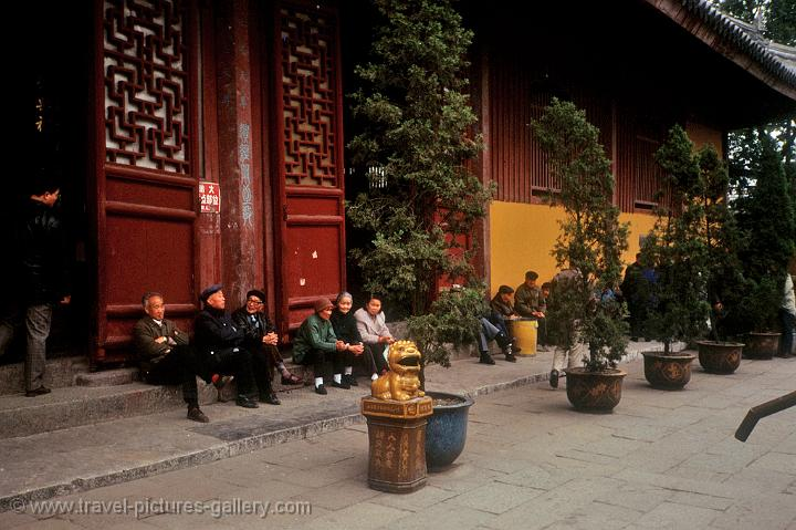 elderly people at a Suzhou temple