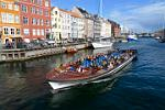 canal boat tour, Nyhavn, Quayside
