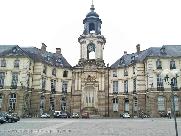 Pictures of france brittany 0060 rennes town hall for Images of couch for hall rennes