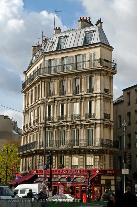 Pictures Of France Paris 0011 A Typical Parisian Apartment Block
