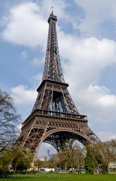 Pin Eiffel Tower Made Of Popsicle Sticks Image Search