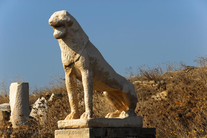 Pictures of Greece - Delos-0016 - lion statues, Terrace of ...