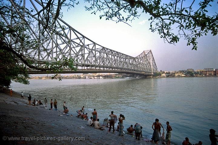 Pictures Of India Calcutta 0003 Howrah Bridge And The Hooghly River