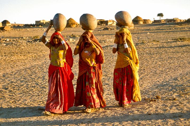 Traditional Clothes Of Jaisalmer