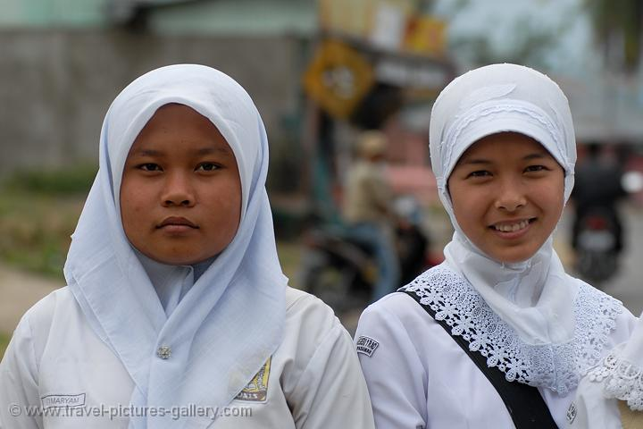 mataram girls Find unique places to stay with local hosts in 191 countries belong anywhere with airbnb jul 20, 2018 - rent from people in mataram,  helpful girls at.