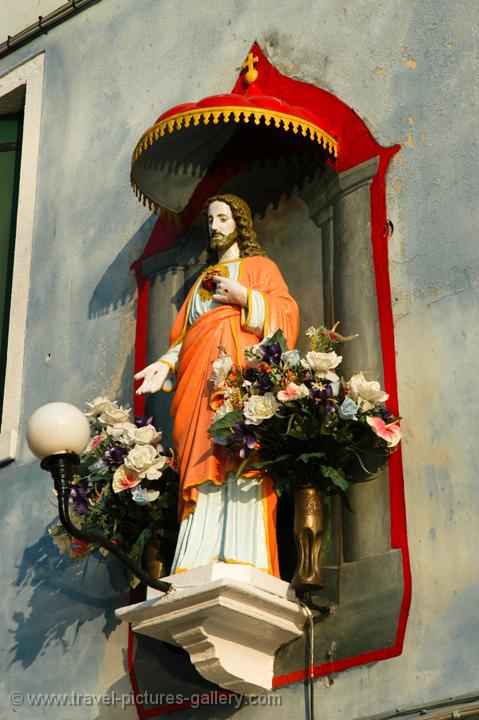 small altar of Jesus Christ