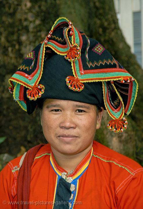 Pictures of Laos - Luang Prabang - woman in traditional tribal ...