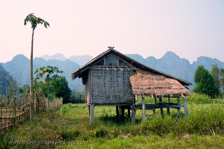 Pictures of Laos - Vang Vieng-0020 - traditional house on ...