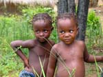 Pictures of Mozambique - girl sisters, Bilene