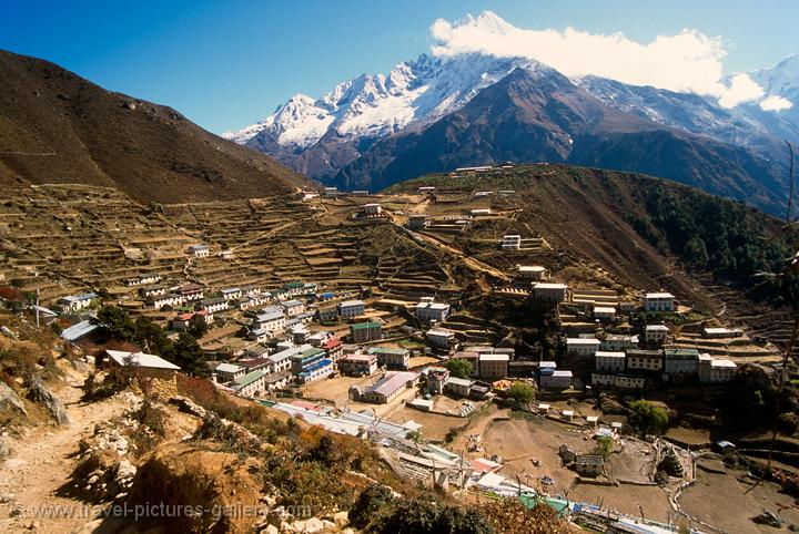 Nepal - everest - Namche Bazaar, the largest village in the Khumbu region