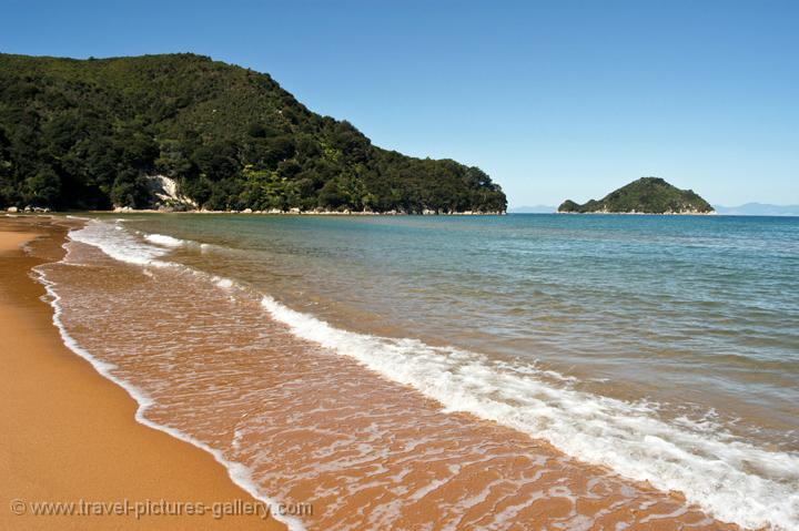 unspoilt beaches, Abel Tasman National Park