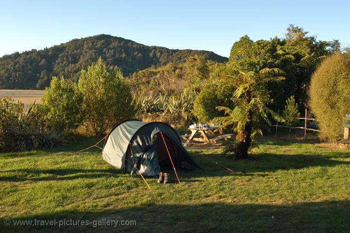 camping along the Abel Tasman Coastal Track