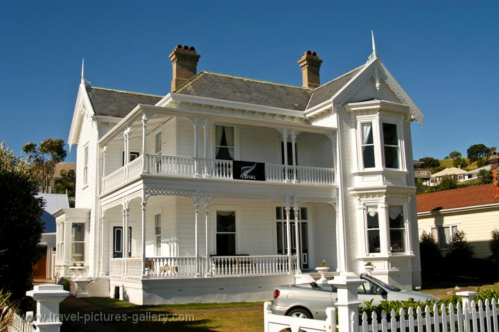 villa's in Devonport