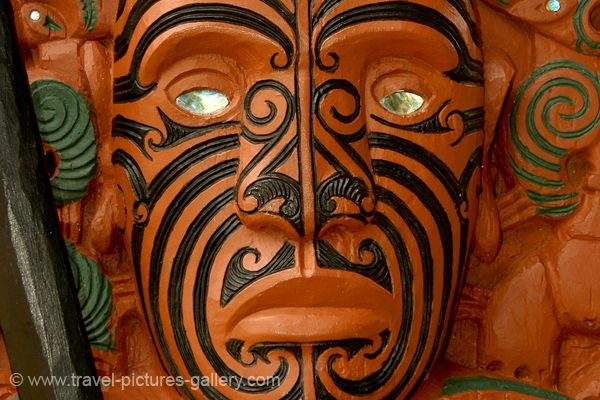 New Zealand Maori Wood Carving | Ko-Iwi Arts | Iwi Le Comte ...