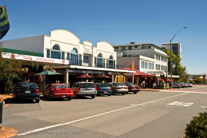 Pictures of New Zealand - Rotorua - Taupo - shops in Rotorua's main ...