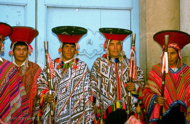 traditional Inca costume at Pisac market