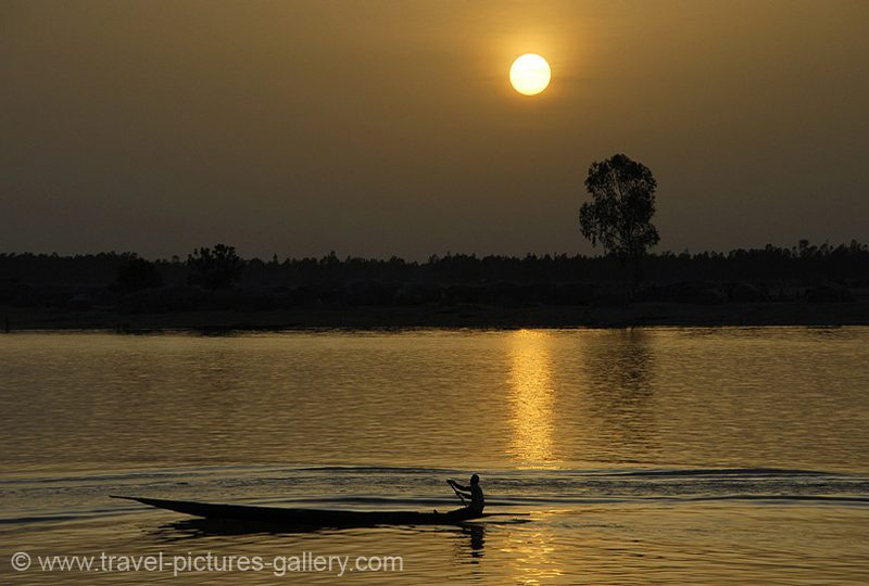 Mali - Segou - sunset on the Niger River