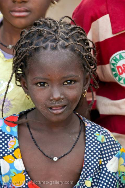 Pictures of Senegal - Country & People-0019 - little girl with