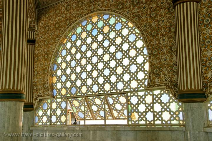 pictures of senegal touba 0005 lattice window great mosque