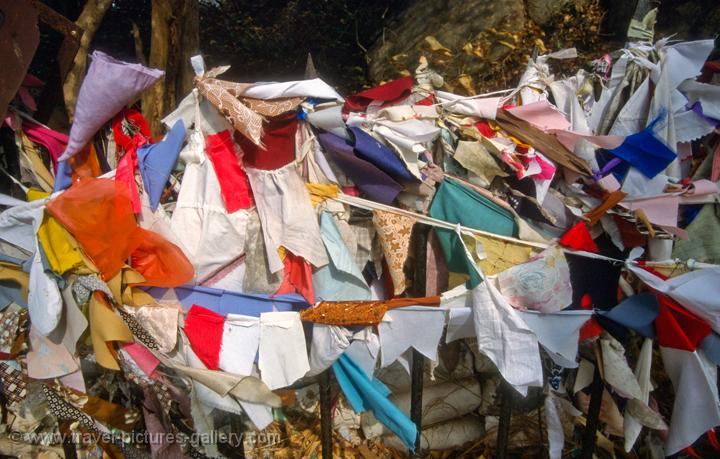 prayer flags, Mihintale