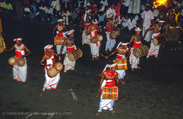 Kandy drummers, festival of the tooth