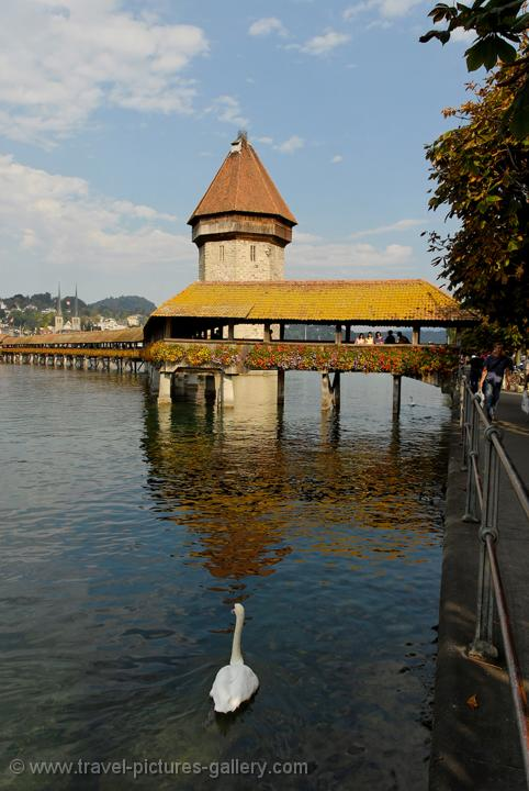 Lucerne, (Luzern), Kapellbr�cke, Chapel Bridge