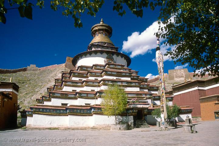 gyantse a town in tibet essay