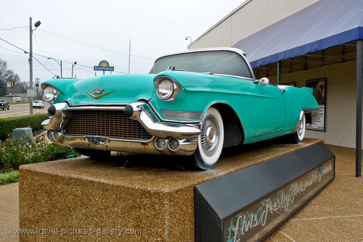Pictures of the USA - Memphis-0027 - Graceland visit, mint ...