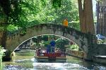 Texas - San Antonio - canal boat ride