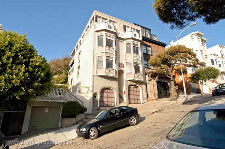 steep streets, Pacific Heights